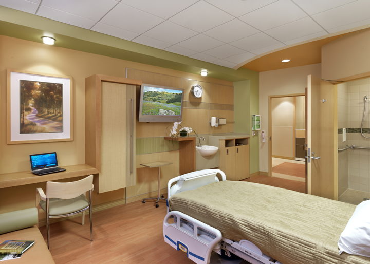 Patient Room Footwall at Soin Medical Center